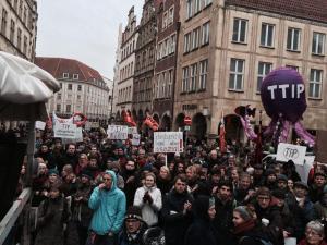 K800_2014_12_13_Demo_gegen_TTIP