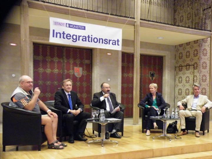 K1024_Integrationsrat_Podium_OB_Wahl_2015