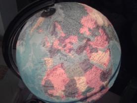 Die Erde - verletzlich und schützenswert.